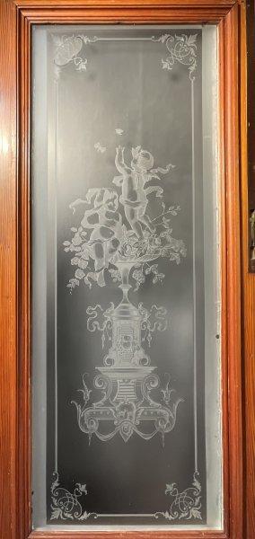天使のステンドグラスの画像