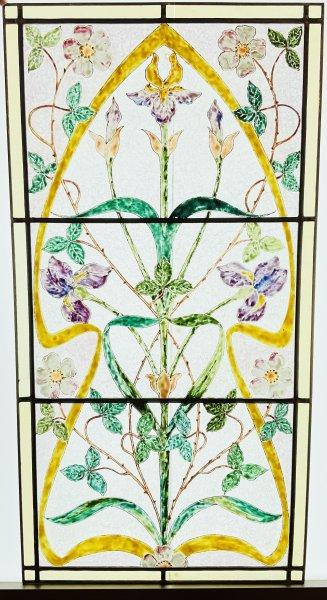 花と植物イラストのステンドグラスの画像