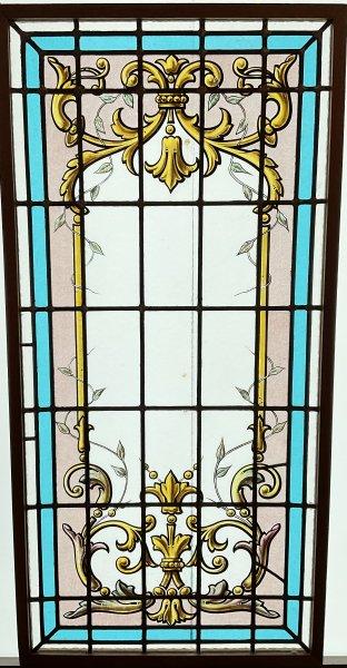 窓枠ステンドグラスの画像