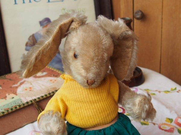 ドイツアンティーク ウサギ(Schuco)の画像