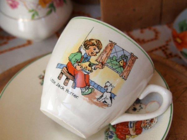 イギリスアンティーク カップ&ソーサー(Mother Goose)の画像