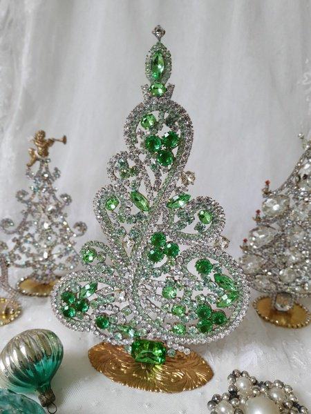 チェコガラスクリスマスツリーの画像