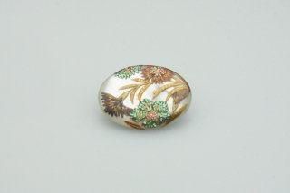 NADESHIKO white (M) brooch