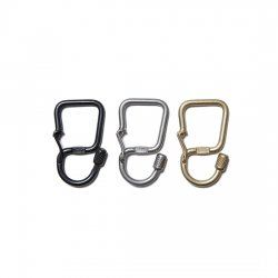 hobo [ホーボー] ''Brass Carabiner Key Ring'' <img class='new_mark_img2' src='https://img.shop-pro.jp/img/new/icons13.gif' style='border:none;display:inline;margin:0px;padding:0px;width:auto;' />