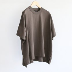 TRAVAIL MANUEL [トラバイユ マニュアル] ''クラシック天竺スリットTシャツ'' (LADIES') <img class='new_mark_img2' src='https://img.shop-pro.jp/img/new/icons13.gif' style='border:none;display:inline;margin:0px;padding:0px;width:auto;' />