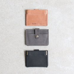 hobo [ホーボー] ''OILED COW LEATHER DOUBLE SNAP WALLET'' <img class='new_mark_img2' src='https://img.shop-pro.jp/img/new/icons13.gif' style='border:none;display:inline;margin:0px;padding:0px;width:auto;' />