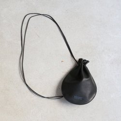 hobo [ホーボー] ''HORSE LEATHER SHOULDER POUCH'' <img class='new_mark_img2' src='https://img.shop-pro.jp/img/new/icons13.gif' style='border:none;display:inline;margin:0px;padding:0px;width:auto;' />