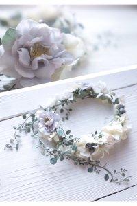 フランネルフラワーとベリーの花冠