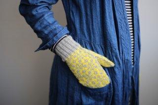 iroiroの編み込みミトン