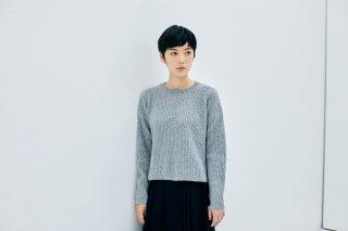 ウールアルパカのラウンドネックセーター
