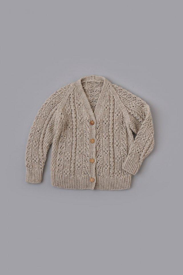模様編みのカーディガン