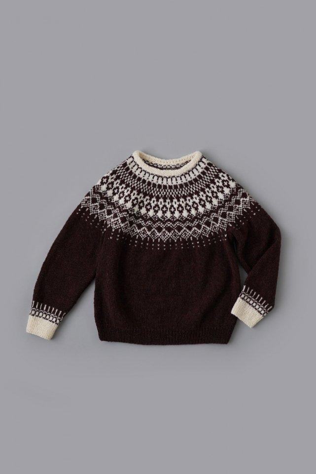 編み込み柄セーター