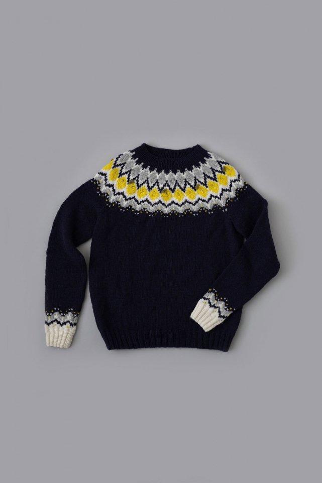 レモンと花のヨークセーター