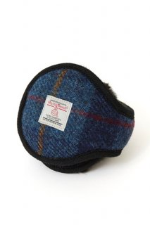 <img class='new_mark_img1' src='https://img.shop-pro.jp/img/new/icons8.gif' style='border:none;display:inline;margin:0px;padding:0px;width:auto;' />イヤーマフラー  HARRISTWEED  ブルーチェック