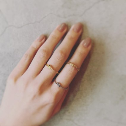 momocreatura Snake Ring Gold Emerald(ヘビリング ゴールド エメラルド)