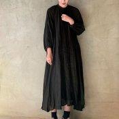 <img class='new_mark_img1' src='https://img.shop-pro.jp/img/new/icons56.gif' style='border:none;display:inline;margin:0px;padding:0px;width:auto;' />suzuki takayuki flared dress(スズキタカユキ フレアドレス)Black