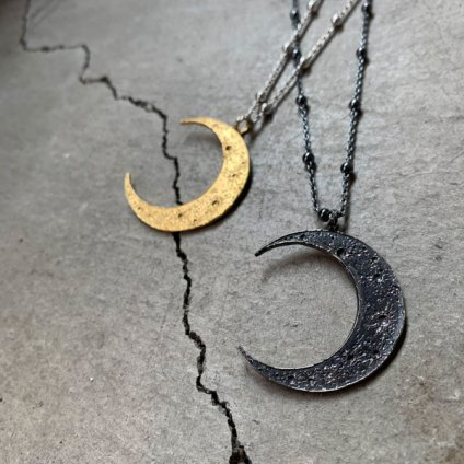 momocreatura Crescent Moon Ball Chain Necklace Oxdised Silver(モモクリアチュラ 三日月 ボールチェーンネックレス 燻しシルバー)
