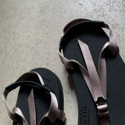 BEAUTIFUL SHOES Barefoot Sandals(ビューティフルシューズ ベアフットサンダル)Gray