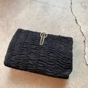 <img class='new_mark_img1' src='https://img.shop-pro.jp/img/new/icons22.gif' style='border:none;display:inline;margin:0px;padding:0px;width:auto;' />1920's Gather Clutch Bag(1920年代 ギャザー クラッチバッグ)