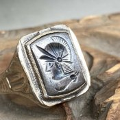 OSTBY & BARTON Silver Hematite Intaglio Ring(オストビー& バートン シルバー ヘマタイト インタリオリング)