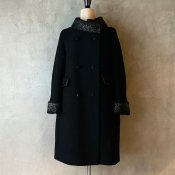 <img class='new_mark_img1' src='https://img.shop-pro.jp/img/new/icons20.gif' style='border:none;display:inline;margin:0px;padding:0px;width:auto;' />【20%OFF】Vintage Boa Coat(ヴィンテージ  ボア付きコート)