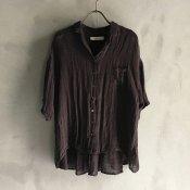 <img class='new_mark_img1' src='https://img.shop-pro.jp/img/new/icons13.gif' style='border:none;display:inline;margin:0px;padding:0px;width:auto;' />ikkuna/suzuki takayuki open-collared shirt(イクナ/スズキタカユキ オープンカラード シャツ)Charcoal Gray