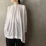 suzuki takayuki slip-on blouse(スズキタカユキ スリッポンブラウス)Nude