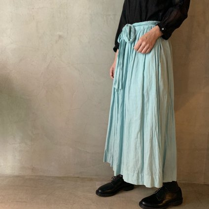 <img class='new_mark_img1' src='https://img.shop-pro.jp/img/new/icons13.gif' style='border:none;display:inline;margin:0px;padding:0px;width:auto;' />suzuki takayuki culotte pants(スズキタカユキ キュロットパンツ)Spray green