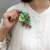 <img class='new_mark_img1' src='https://img.shop-pro.jp/img/new/icons13.gif' style='border:none;display:inline;margin:0px;padding:0px;width:auto;' />1960's PAOLA Gelatin Beads Brooch(パオラ ゼラチンビーズ ブローチ)