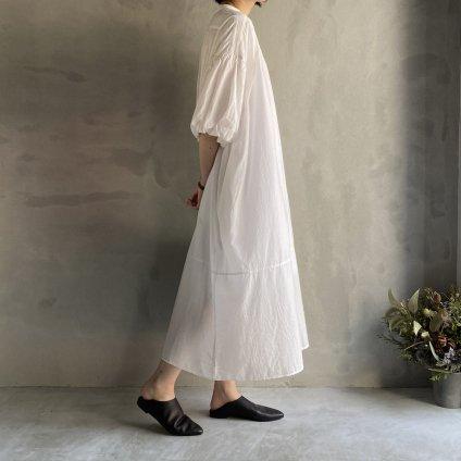 ikkuna/suzuki takayuki balloon-sleeve dress(イクナ/スズキタカユキ バルーンスリーブドレス)White