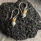 momocreatura  Queen Skull Earrings(女王のスカル ピアス 燻しシルバー×ゴールド)