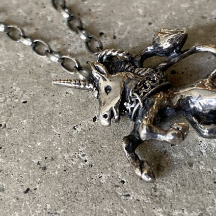 momocreatura  Unicorn Necklace(ユニコーン ネックレス 燻しシルバー)