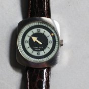 <img class='new_mark_img1' src='https://img.shop-pro.jp/img/new/icons13.gif' style='border:none;display:inline;margin:0px;padding:0px;width:auto;' />70's LONGINES COMET(1970年代 ロンジン コメット)MYSTERY DIAL