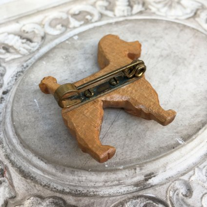 1930-1940's UK Wood Dog Brooch(1930-1940年代 イギリス ウッド 犬 ブローチ)
