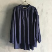 ikkuna/suzuki takayuki pullover blouse(イクナ/スズキタカユキ プルオーバー ブラウス)Navy