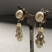 <img class='new_mark_img1' src='https://img.shop-pro.jp/img/new/icons13.gif' style='border:none;display:inline;margin:0px;padding:0px;width:auto;' />1940's French Pearl Earrings(1940年代 フランス パール イヤリング)