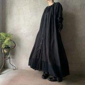 <img class='new_mark_img1' src='https://img.shop-pro.jp/img/new/icons13.gif' style='border:none;display:inline;margin:0px;padding:0px;width:auto;' />【予約販売】suzuki takayuki flared dress(スズキタカユキ フレアドドレス)Black