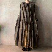 <img class='new_mark_img1' src='https://img.shop-pro.jp/img/new/icons13.gif' style='border:none;display:inline;margin:0px;padding:0px;width:auto;' />【予約販売】suzuki takayuki flared dress(スズキタカユキ フレアドドレス)Khaki