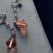 1930's Art Deco Pink Glass Earrings( 1930年代  アールデコ ピンクガラス イヤリング)