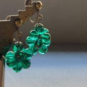 1930's Art Deco Green Flower Glass Earrings( 1930年代  アールデコ グリーンフラワーガラス イヤリング)