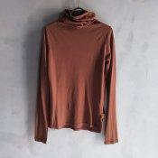 ikkuna/suzuki takayuki turtle-neck t-shirt(イクナ/スズキタカユキ タートルネック Tシャツ)Walnut