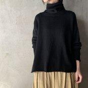 <img class='new_mark_img1' src='https://img.shop-pro.jp/img/new/icons13.gif' style='border:none;display:inline;margin:0px;padding:0px;width:auto;' />suzuki takayuki turtle-neck sweater�(スズキタカユキ タートルネックセーター�)Black