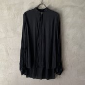 <img class='new_mark_img1' src='https://img.shop-pro.jp/img/new/icons13.gif' style='border:none;display:inline;margin:0px;padding:0px;width:auto;' />suzuki takayuki balloon sleeve blouse(スズキタカユキ バルーンスリーブブラウス)Black