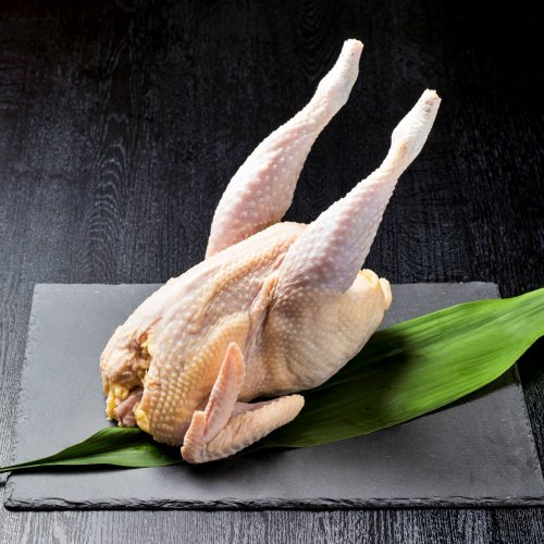 【三つ丸印】黒さつま鶏丸ごと1羽(大) 約2.7kgの商品画像