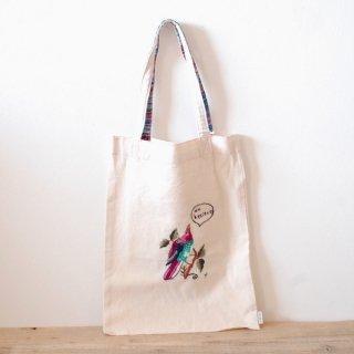 [ネコポス送料無料] ilo itoo 手刺繍の布バッグ M pajaro rosado