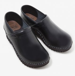 Troentorp トロエントープ - Swedish Clog - Closed Back - Smooth Black