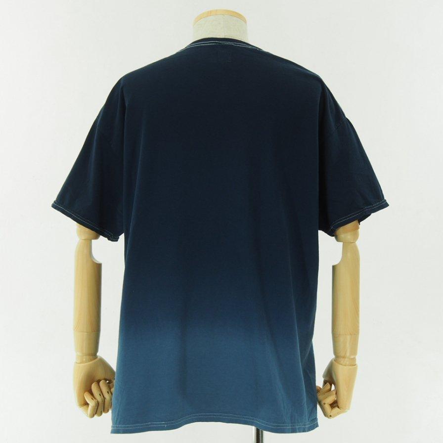 RANDT アールアンドティ - Logo S/S Tie Dye T-Shirt - Navy