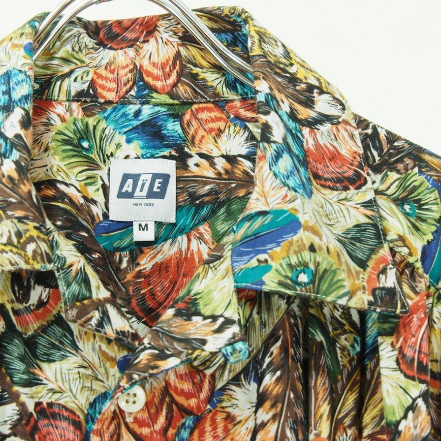 AiE エーアイイー - Painter Shirt - Feather Print - Multi Color