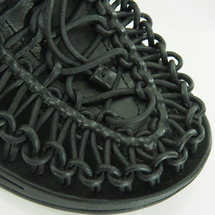 ENGINEERED GARMENTS エンジニアドガーメンツ x KEEN キーン / Men's Uneek Premium Leather Slide - Black