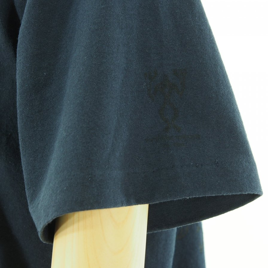Engineered Garments エンジンニアドガーメンツ - Printed Cross Crew Neck T-Shirt / Phoenix - Navy